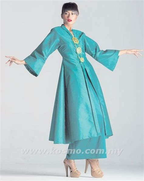 Baju Kurung Pendek Songket kebarung pesak biru traditional costumes evolution shawl and kebaya