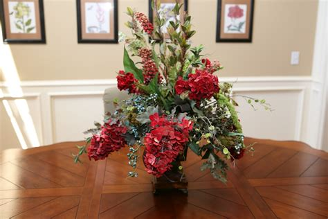 Dining Table Flower Arrangement Flower Arrangement Ideas For Dining Table Indelink