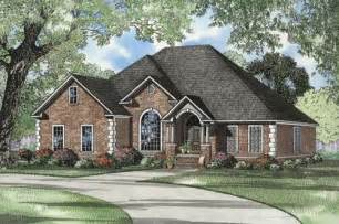 Single Story Home Exterior lovely 2500 sq ft house plans single story #3: single-storey-home