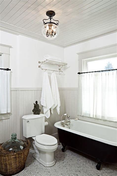 high ceiling bathroom 10 ways to make a small bathroom looks bigger