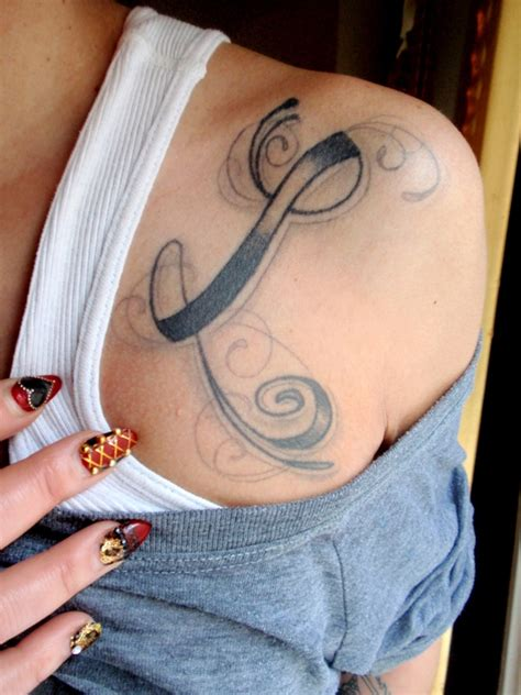 tattoo letters l a different kind of body type typographic tattoos