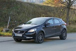 Volvo Cx40 Spyshots Volvo Xc40 Coming In 2018 Will Be Built In
