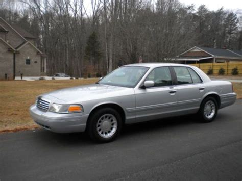 buy car manuals 2000 ford crown victoria auto manual buy used ford crown victoria lx 2000 72k miles 2 owner southern car very clean no reserve in