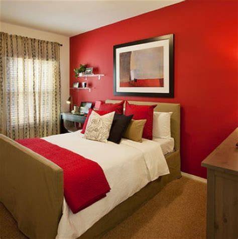 red colour in bedroom chameleon design frequently redecorating on a budget