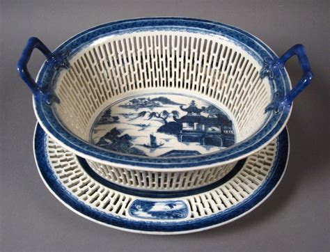 Chinese Export Blue and White Reticulated Basket   DUBEY'S ART & ANTIQUES