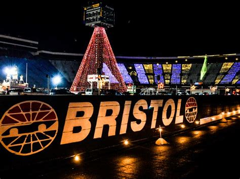 Speedway In Lights At Bristol Motor Speedway Virginia Is Bristol Lights