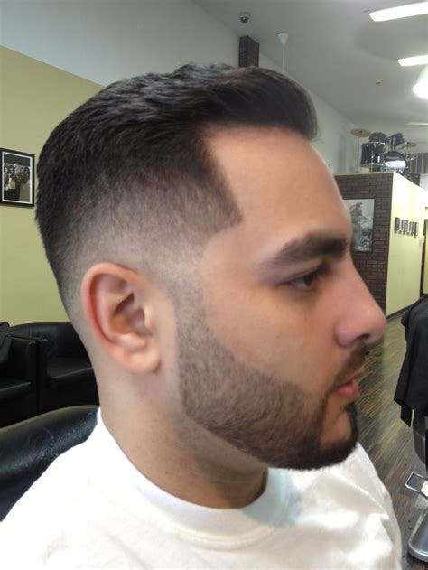 mid fade hairstyle burst fade mid fade haircuts pinterest mid fade