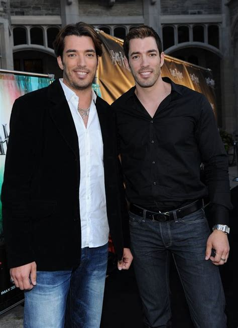 are the property brothers single who is drew scott s drew scott black carpet and property brothers on pinterest