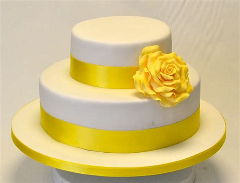 tier yellow rose cake wedding cakes cakeology