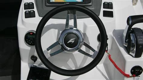 hydraulic steering slipping on boat karnic powerboats sl702
