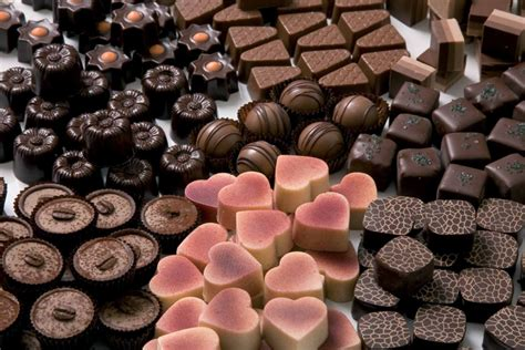 10 facts about chocolates