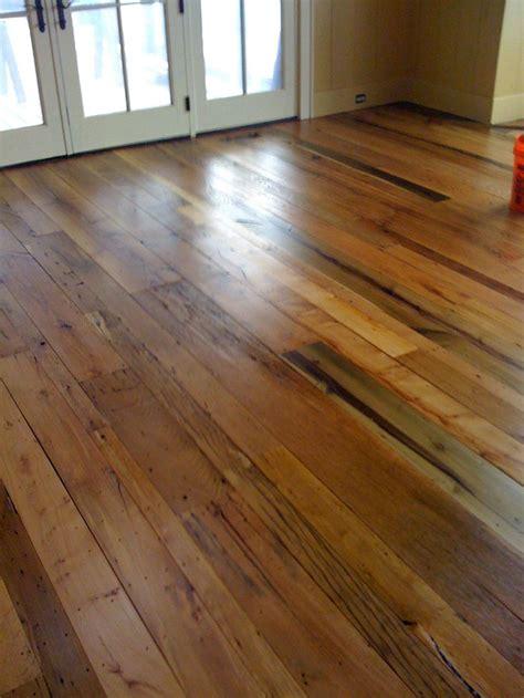 ideas  barn wood floors  pinterest rustic hardwood floors barn style house