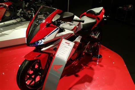 Knalpot Cbr Facelift 150 Fullsistem detail new honda cb150r facelift 2015 animegue