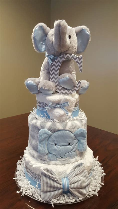 cake centerpieces for a baby shower baby boy elephant cake baby shower gift