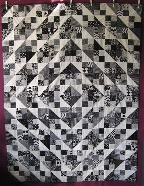 Quilts Black And White by Pretty Black And White Quilts 3