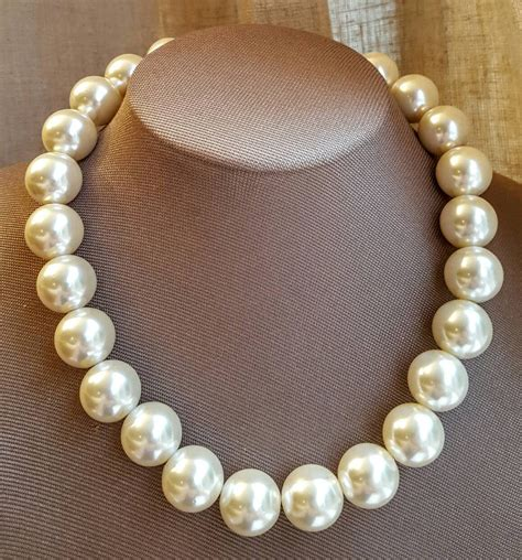 chunky pearl necklace large pearl bridal necklace boho
