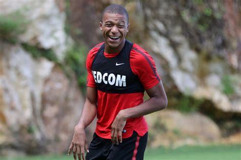 kylian mbappe on loan kylian mbappe transfer psg to sign monaco star on loan