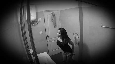 actress bathroom mms द ख ए एक लड क क ह ट ब थर म mms ह आ व यरल zee news hindi