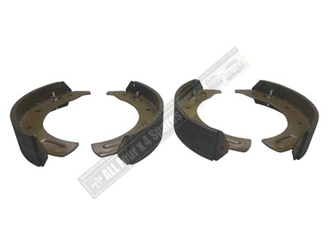 land rover shoes landrover series 2 2a and 3 front brake shoes 4 cylinder