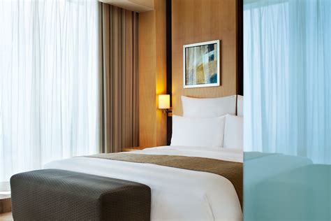 discovery room stay at our discovery room and unlock the charm of shanghai 入住探索客房 发现魅力上海 环旅世界