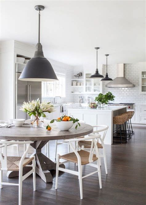 Round Kitchen Table Ideas Best 25 Round Kitchen Tables Ideas On Pinterest