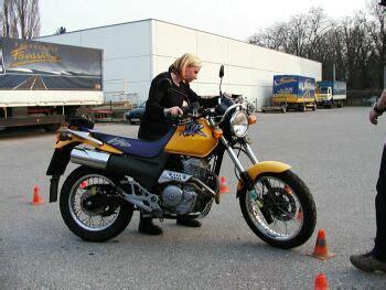 125er Motorrad Schein by 125er Upgrade A Schein Mopedmaedl Gibt Gas Motorrad News