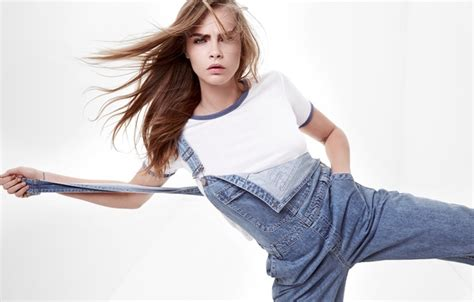 Blouse Big Kara wallpaper look t shirt cara delevingne topshop jumpsuit photographer photoshoot z