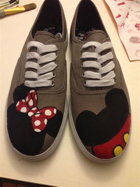 diy disney shoes mickey and minnie painted canvas shoes original pieces