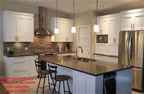 comptoir de c駻amique cuisine comptoir granit armoires et comptoirs dans grand