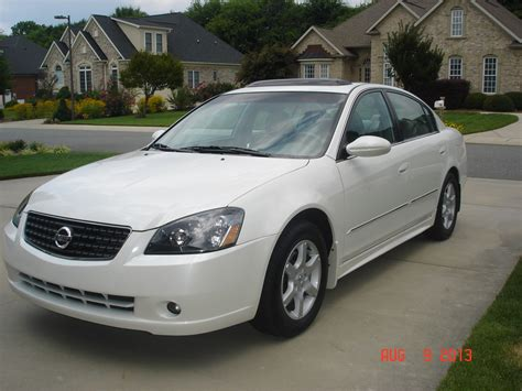 nissan altima white 2006 nissan altima reviews nissan altima price photos and specs