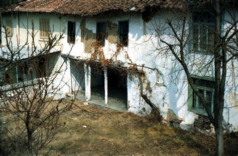 File:Stavroupoli deserted house   Wikimedia Commons