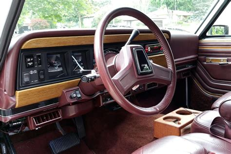 1990 jeep wagoneer interior 1990 jeep grand wagoneer 186019