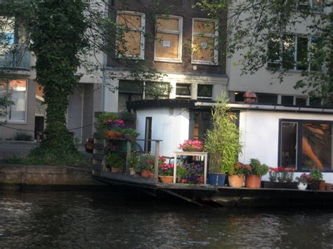 amsterdam boat houses simply romantic  zubi travel