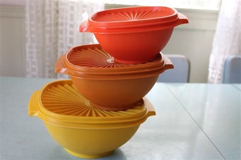 Tupperware Multi Bowl Set vintage tupperware servalier bowl set of 3 stacking nesting