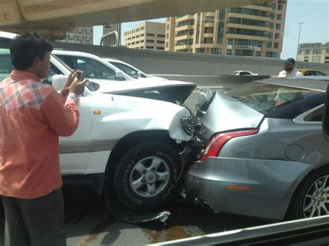 worldviews in collision the reasons for one s journey from skepticism to books six car crash causes sheikh zayed road jams emirates 24 7