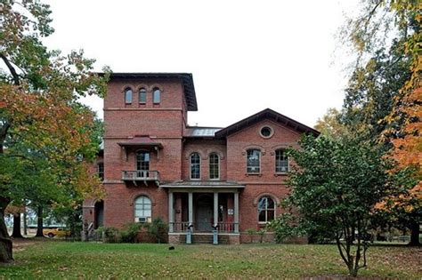 top 10 best preserved plantation homes top 10 haunted places in the us state of alabama