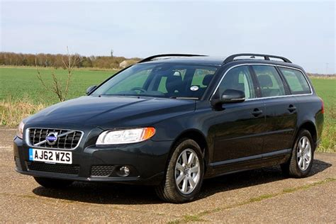 volvo v70 parkers volvo v70 estate review 2007 2016 parkers