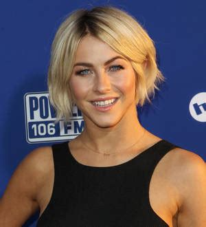 actress julianne hough returns to her hotel beauty julianne hough in talks to return to tv report young