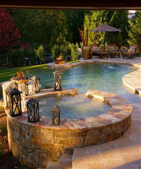 Backyard Pool And Spa Ideas Les 10 Accessoires Indispensables Pour La Piscine Quot Ma Maison Mon Jardin Quot