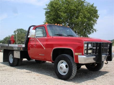 bale bed trucks for sale buy used cab chassis dually 4x4 with dew eze bale bed