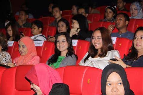 film action ombak cinema com my stars at quot ombak rindu quot premiere