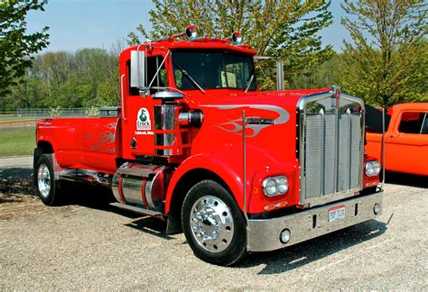 kenworth build and price eddie crock s kw 10 4 magazine