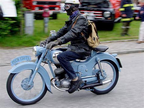 ab wann ist ein motorrad ein oldtimer puch cobra 80 6 baujahr 1982 das leichtmotorad hat einen