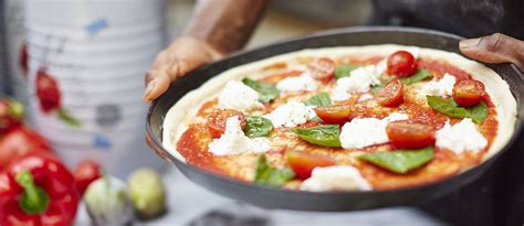 pizza express valentines day make a date with your favourite at pizza express this