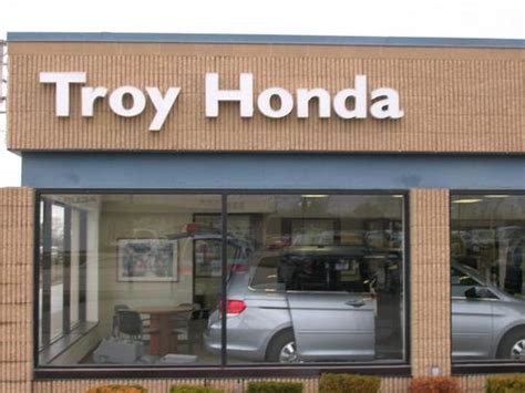 Auto Insurance Troy Mi by Troy Honda Troy Mi 48084 4617 Car Dealership And Auto