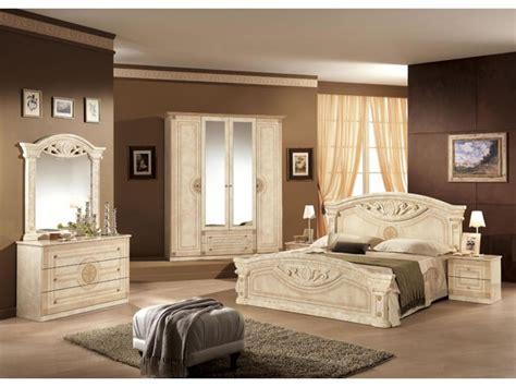 modeles armoires chambres coucher armoire pour chambre coucher fabulous armoire chambre