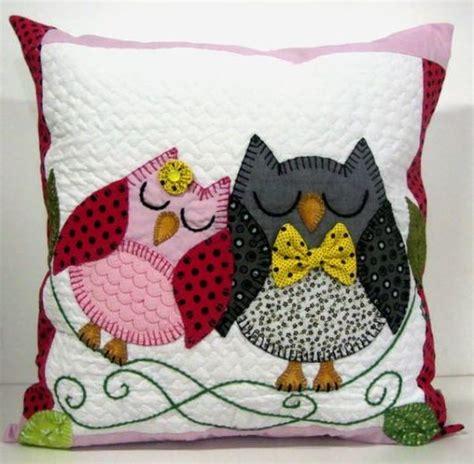 Patchwork Owl Pattern - 55 almofadas de coruja as melhores para fazer e decorar