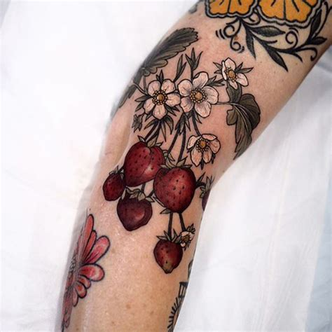 berry tattoos for women best tattoos for 2018 ideas