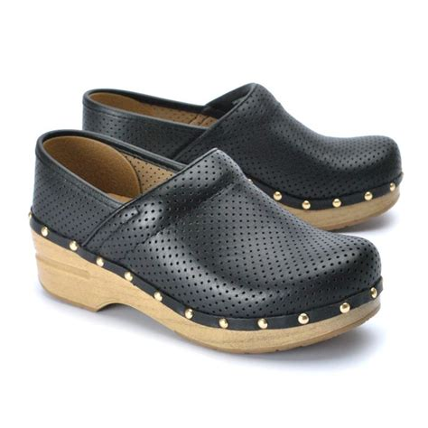 dansko boots sale dansko perfed pro s shoes sale imelda s