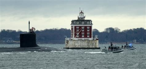 boat store waterford ct the day submarine passing in groton news from